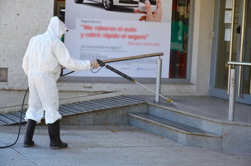 El municipio impulsa la desinfección de lugares de concurrencia masiva