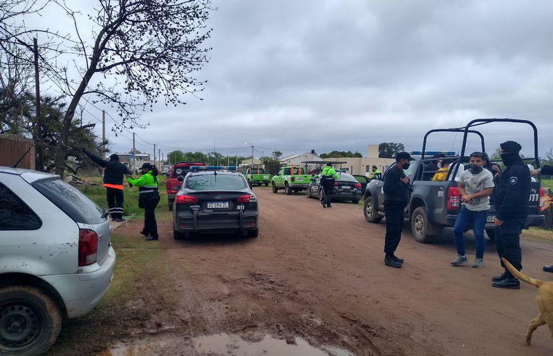 Irresponsabilidad: 43 personas terminaron demoradas por fiesta clandestina en Barrio El Cruce