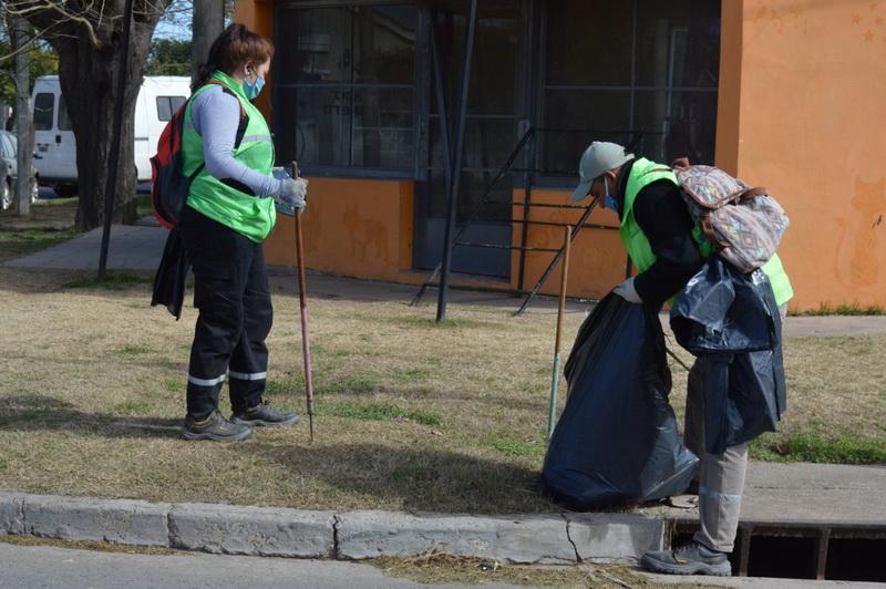 Siguen a paso firme los trabajos de cuadrillas municipales para reacondicionar distintas zonas de la ciudad