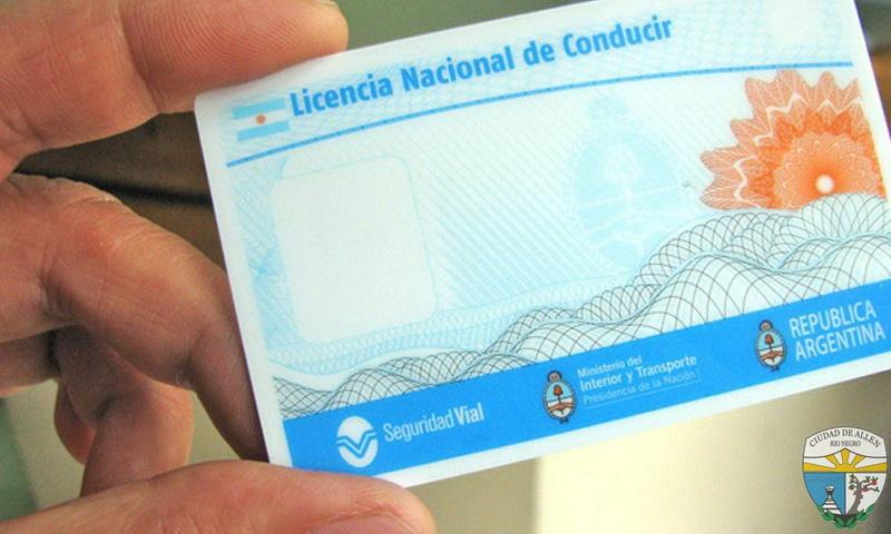 Prorrogan licencias de conducir vencidas