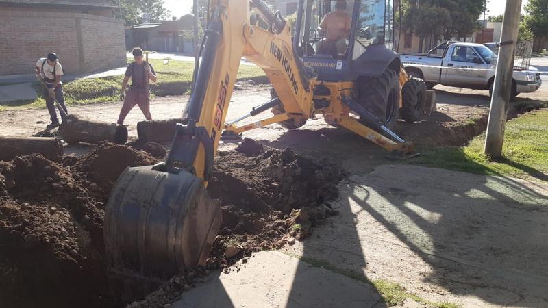 Las cuadrillas municipales siguen trabajando en la recuperación de calles de la ciudad