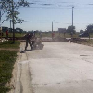 La Secretaría de Obras y Servicios Públicos intensifica las tareas de control de malezas y limpieza