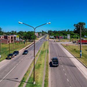 Chiarella firmó llamado a licitación para nuevas obras de iluminación led: serán en la avenida Santa Fe y en el camino al Cementerio