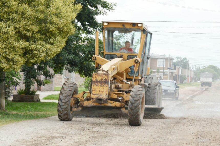 La Municipalidad refuerza los trabajos de mantenimiento de calles de tierra y mejorado