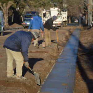 El Gobierno Municipal sigue adelante con su plan de Construcción de Cordones Cuneta