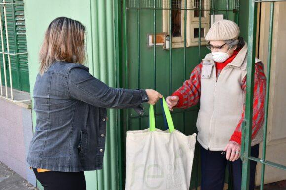 Mayores Cuidados: Convocan a voluntarios para ayudar a los Adultos Mayores de la ciudad