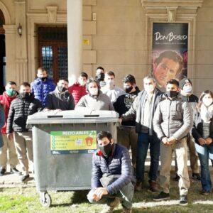 Alumnos de la Escuela Salesiana se capacitan en acciones medioambientales