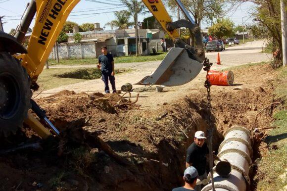 El Gobierno Municipal extiende los desagües pluviales en calle José Martí
